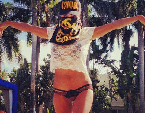 Bikini Sunday – V. Stiviano