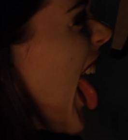 Kim Diamond Tongue