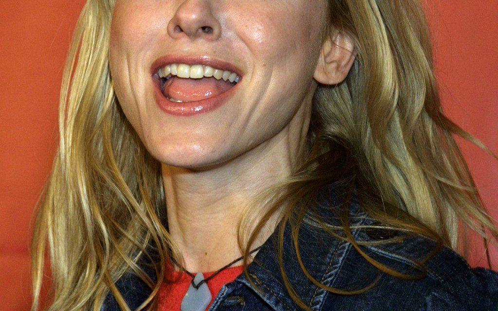Naomi Watts Tongue