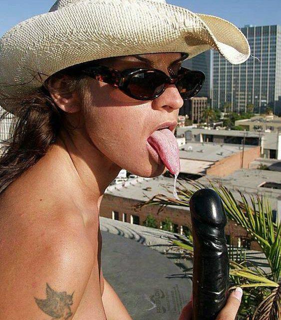 Wanda Curtis Tongue