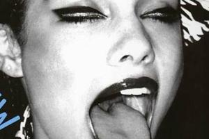Alicia Keys Tongue