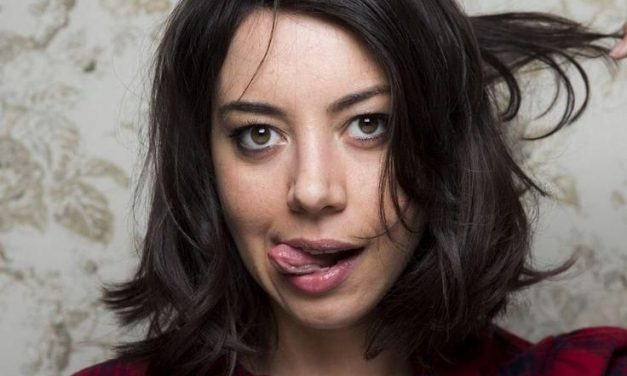 Aubrey Plaza Tongue